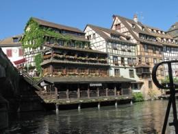 Strassburg Fachwerkhaeuser an der Bruecke St. Marlin