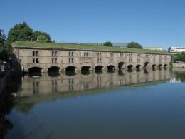 Strassburg Barrage Vauban Terrassen-Wehr in der Ill