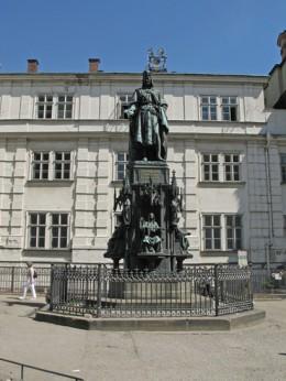Jahresausflug 2005  Prag  Denkmal Karl IV