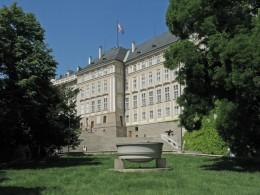 Jahresausflug 2005  Prag  Regierungsgebaeude