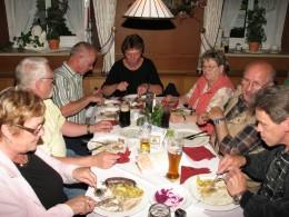 Jahresausflug 2007 Abendessen im Brauerei Gasthof Forsting