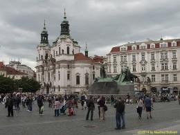 DKG-Jahresausflug Prag 2014 Prager Impressionen Nikolauskirche mit Jan Hus Denkmal am Altstädter Ring